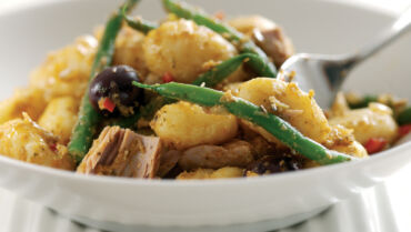 Warm Potato Salad with Tuna Olives and Green Beans