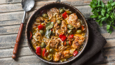 Stewed Cacciatora with Olives and Peppers