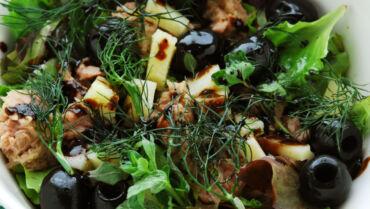 Tuna Salad with Pecorino Cheese and Olives