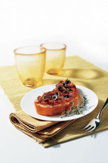 Bruschetta al pomodoro e olive
